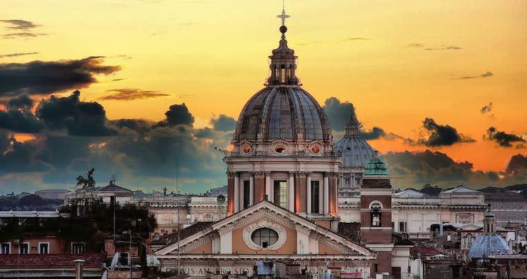 Italiens huvudstad i maj, juni eller juli